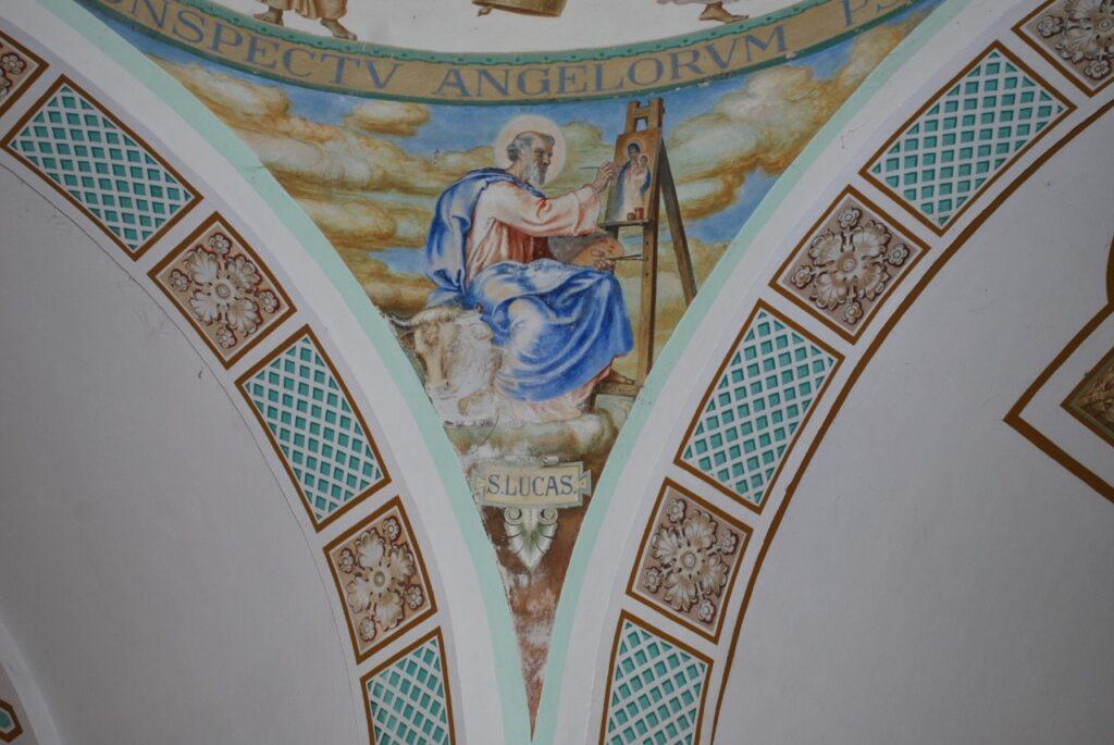 Pinturas embelezam a Basílica de São Francisco das Chagas do Canindé.